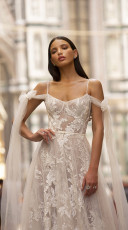 Muse-by-berta-fabia-front-close