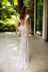 milla-nova-bridal-wedding-dress-anfisa-back