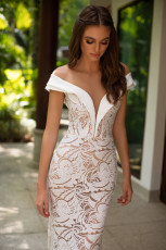 milla-nova-bridal-wedding-dress-anfisa-front