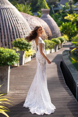 milla-nova-bridal-wedding-dress-nika-z-back