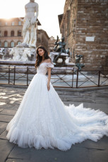 milla-nova-wedding-dress-royal-collection-debora-front