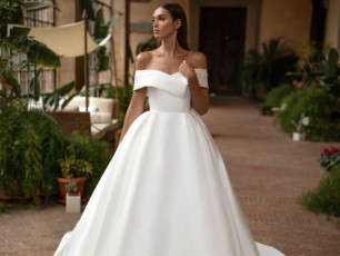 milla-nova-wedding-dress-royal-collection-matilda-front-top